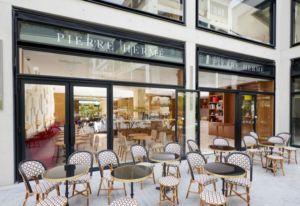 Terrasse Café Pierre Hermé
